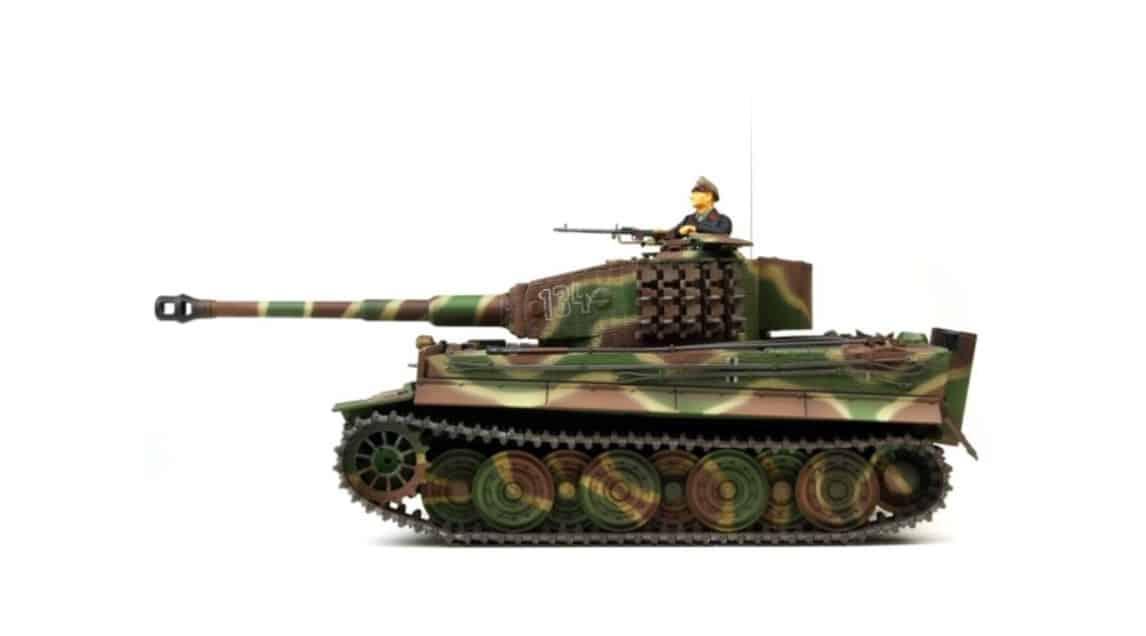 [ RC-Panzer! }  Ferngesteuerte Panzermodelle: Ein faszinierendes Hobby!